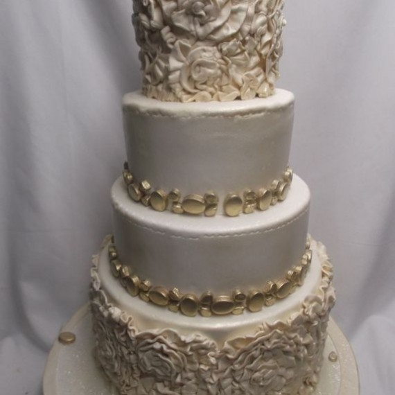 gâteau chiffonner et or / Ruffle and gold Wedding