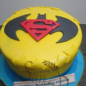 One Tier Batman and Superman Theme Cake