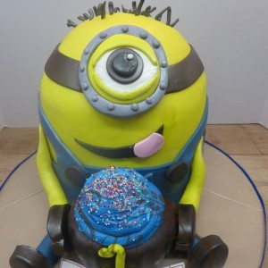 3D Minion Cupcake 1st Birthday Cake
