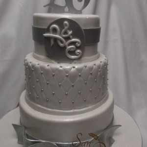 gâteau trois étages 25eime Anniversaire / 25th Anniversary three tier