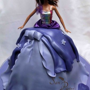 gâteau Barbie robe violet /Barbie Purple gown cake