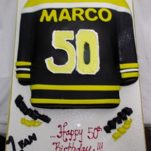 Boston-hockey-jersy-cake