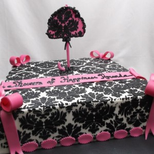 damask with umbrella cake