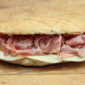 sandwich proscuitto-fromage