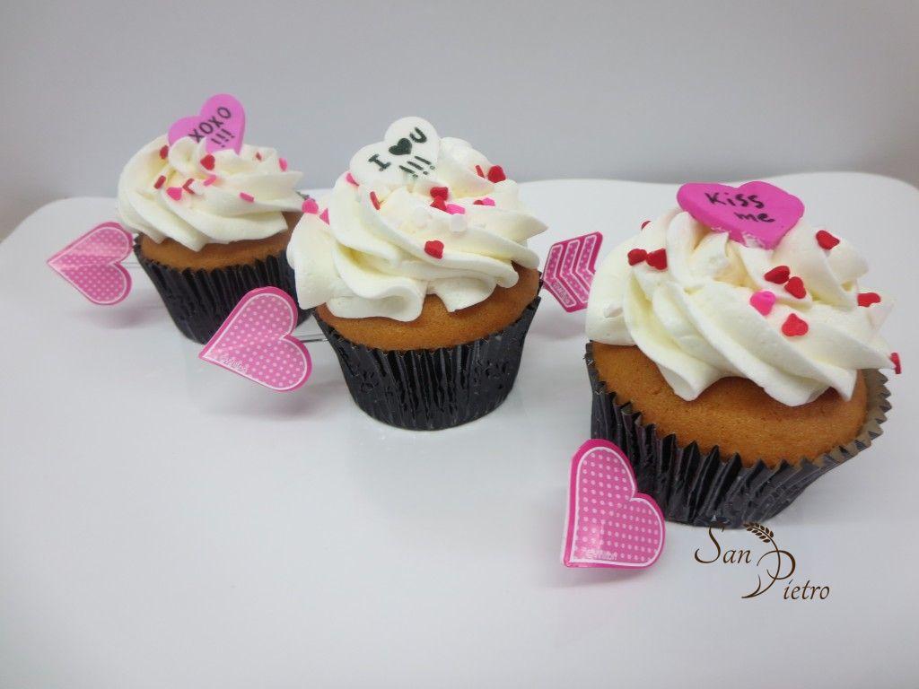 Valentines cupcake cupid