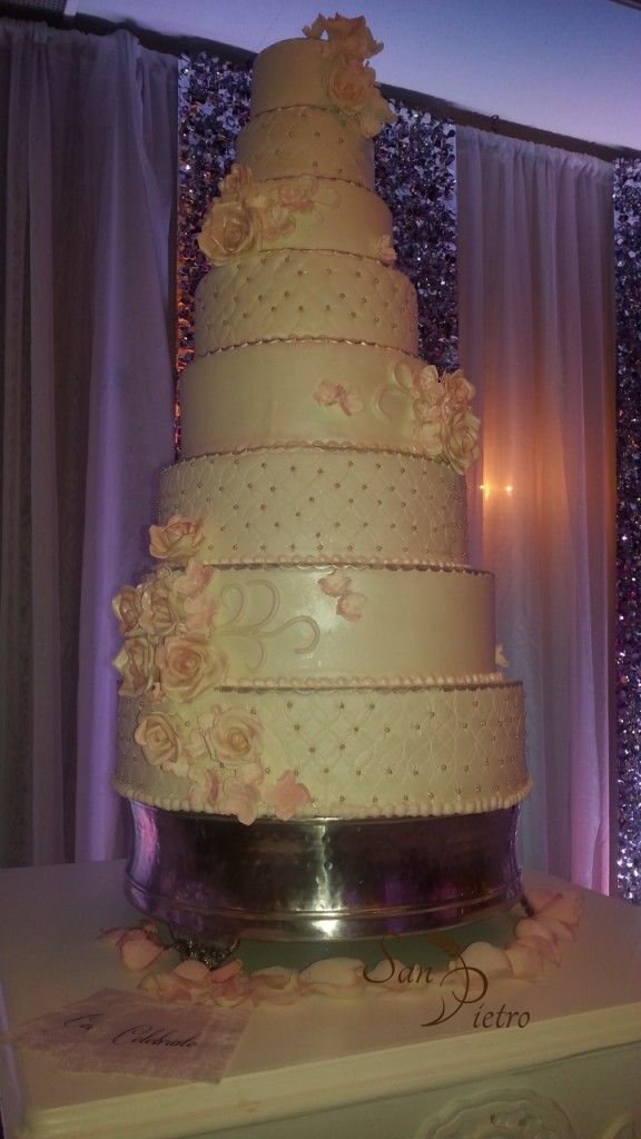 8 tier elegant wedding cake